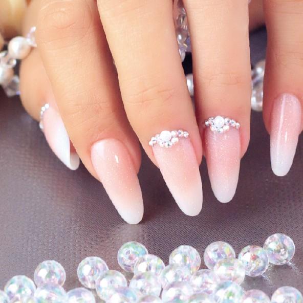 estructuras-salon-acrilico-almendra-clasica-con-bb-ballerina-con-glitter-3-by-Fantasy-Nails