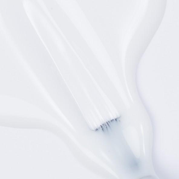 esmaltes-permanentes-base-build-soft-white-3-by-Fantasy-Nails