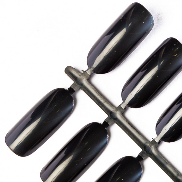 oval-tips-black-1-by-Fantasy-Nails