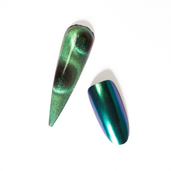 cosmic-cat-eye-green-1-by-Fantasy-Nails